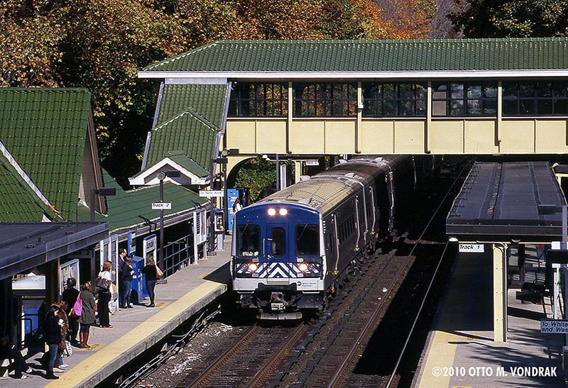 Metro-North at Scarsdale, NY