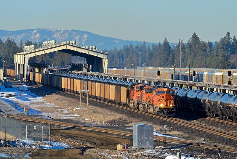 Widening the BNSF Funnel, Again - Railfan & Railroad Magazine