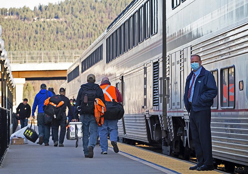 Amtrak CEO Says Railroad Needs $1.4 Billion to Maintain Service