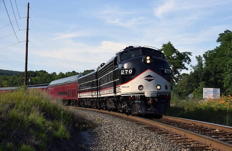 Reading & Northern Cancels Excursions Behind Newly Acquired F9 Locomotives