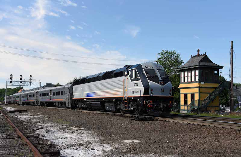 NJ Transit to Purchase New Locomotives, Retire Old