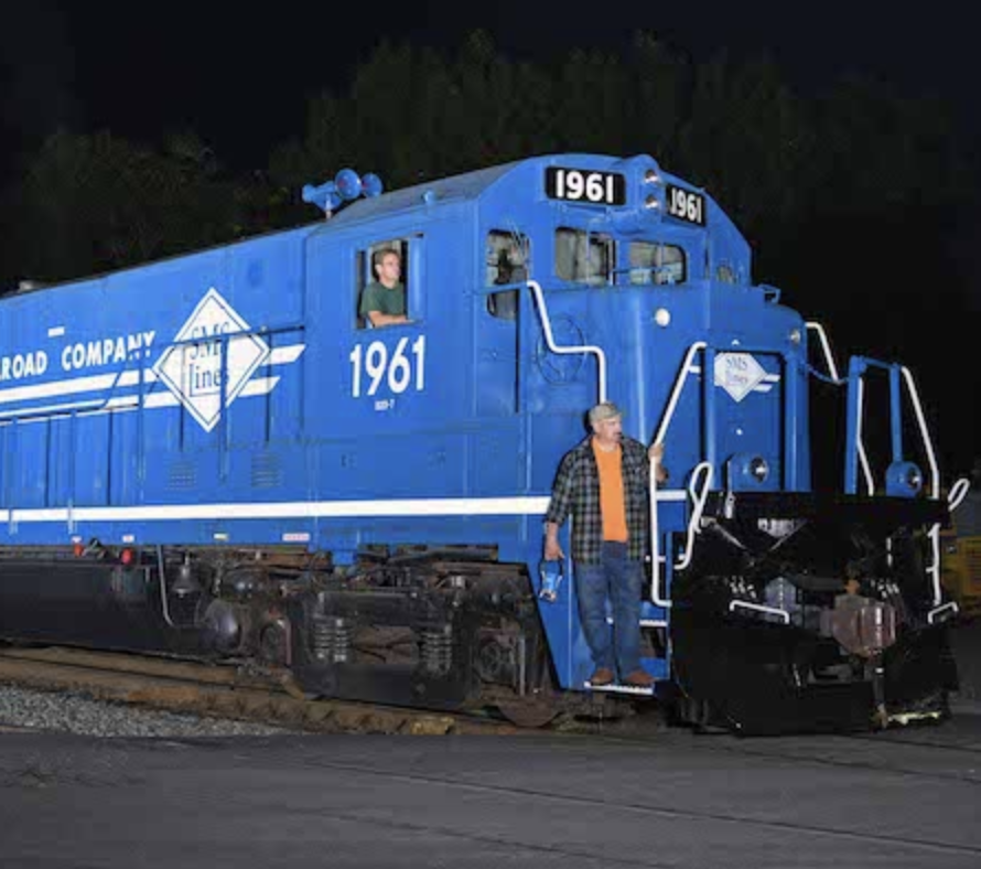SMS Railroad Paints B23-7 in Nod to Conrail Heritage