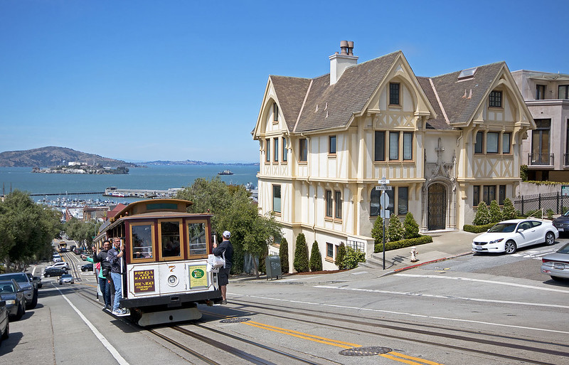 San Francisco's Iconic Cable Cars Will be Parked Until There's a Vaccine