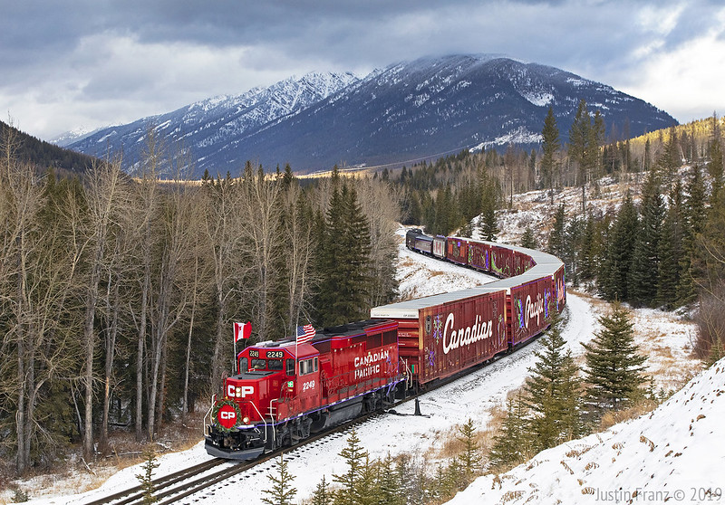 Canadian Pacific Holiday Train Goes Virtual Again in 2021