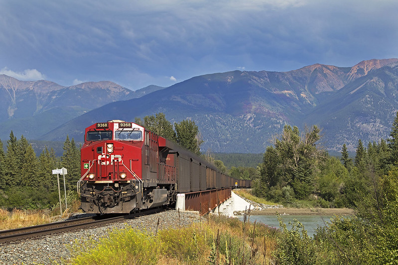 BNSF, NS Ask STB to Take a Close Look at CP-KCS Merger