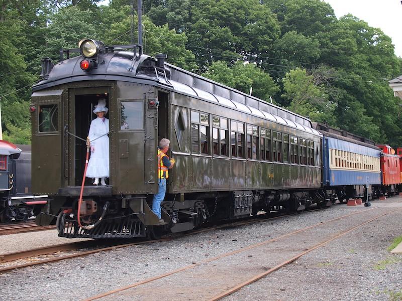 Whippany Railway Museum Completes Restoration of Lackawanna 'Club' Car